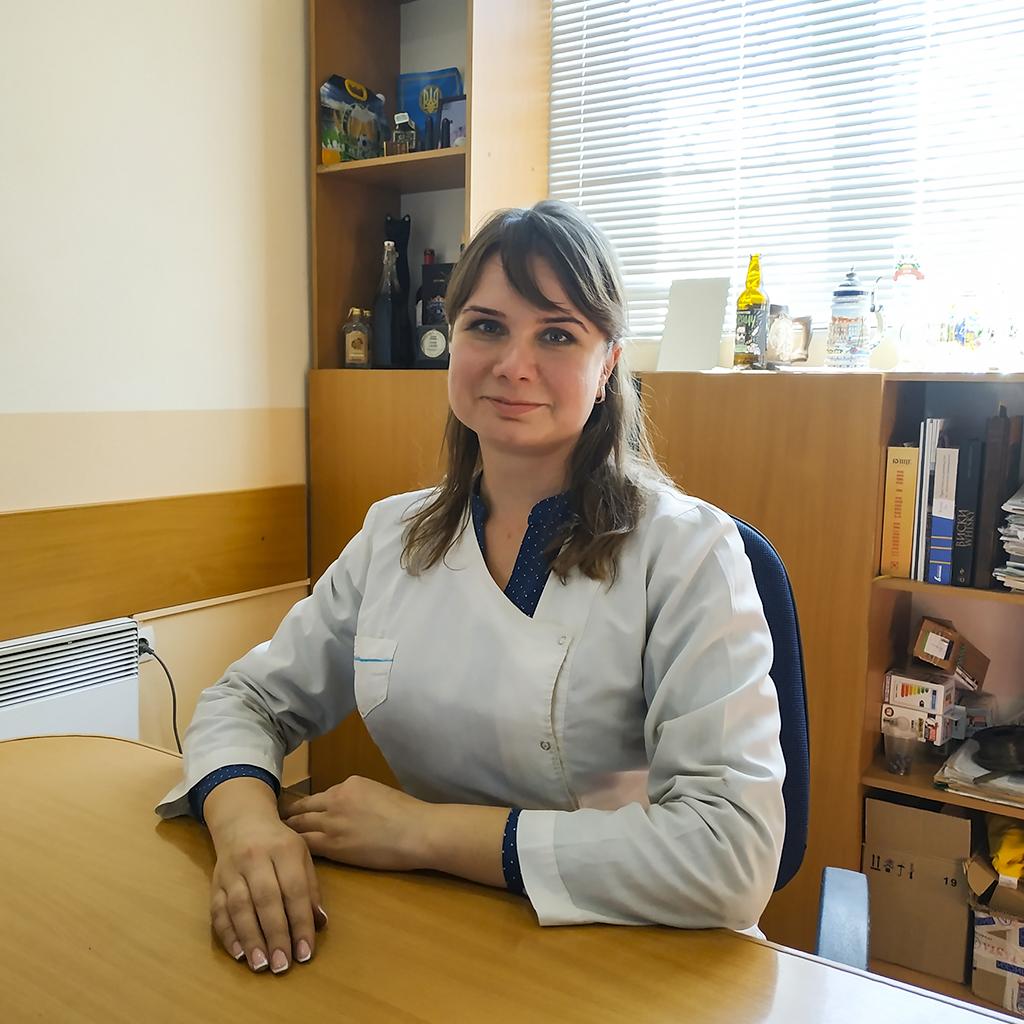 Олена Захватаєва